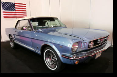 1965 Ford Mustang convertible to hire in Malaga